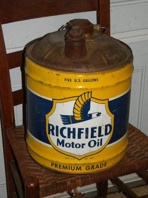 $OLD Richfield 5 Gallon Oil Can