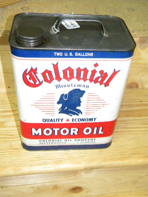 $SOLD Colonial 2 Gallon Can with Minuteman Graphics